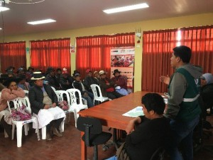 Reunión con Grupo de Gestión Empresarial Cusibamba y comité de riego, para la elección de los 50 beneficiarios de las semillas de pastos asociados